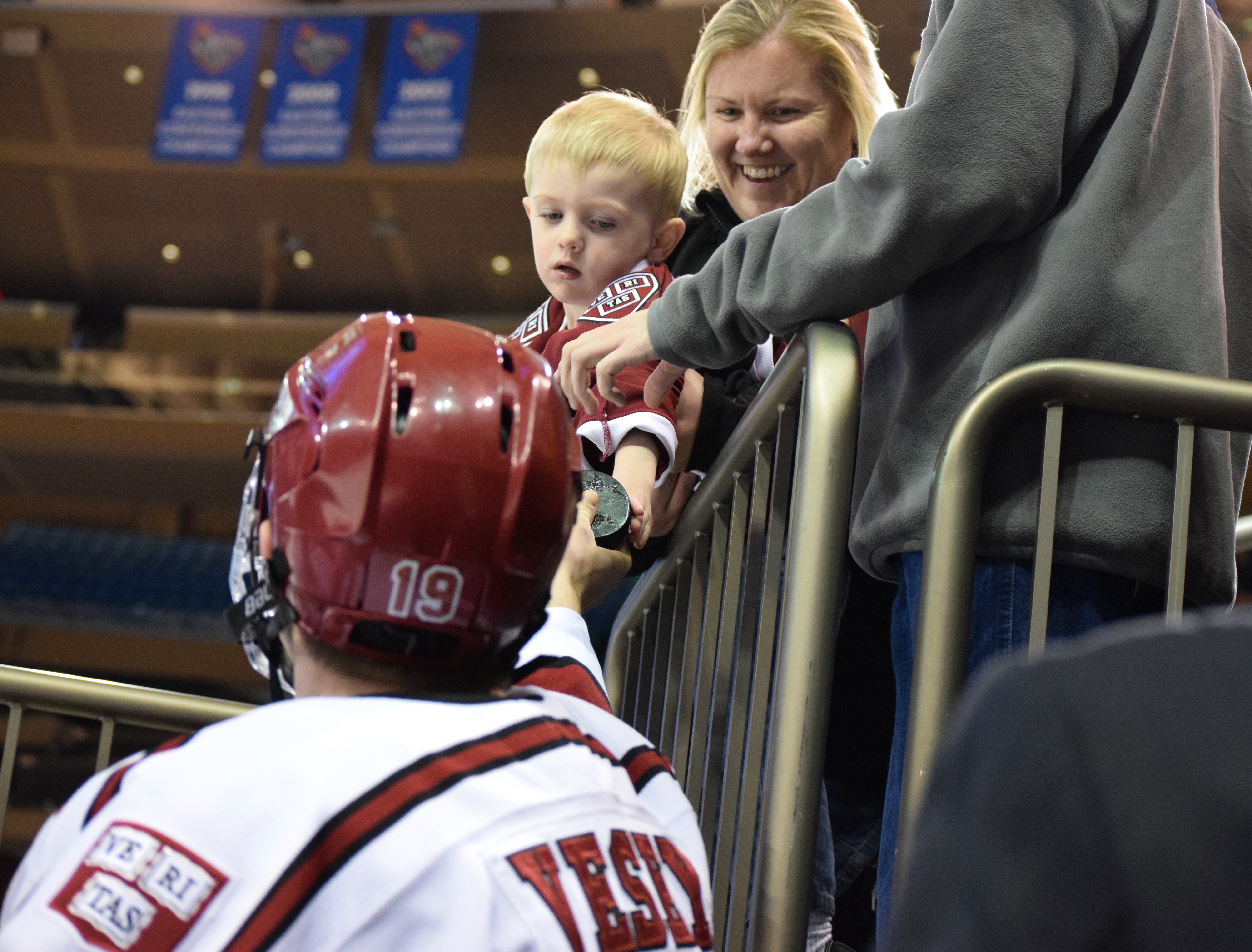 Jordan Novack|Quinnipiac Chronicle Jimmy Vesey makes a young Harvard fan's night